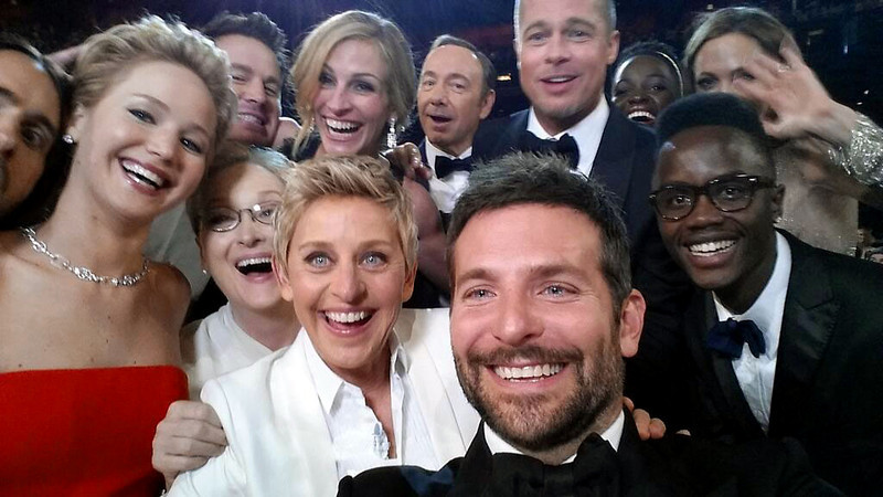 This image released by Ellen DeGeneres shows actors front row from left, Jared Leto, Jennifer Lawrence, Meryl Streep, Ellen DeGeneres, Bradley Cooper, Peter Nyongío Jr., and, second row, from left, Channing Tatum, Julia Roberts, Kevin Spacey, Brad Pitt, Lupita Nyongío and Angelina Jolie as they pose ...